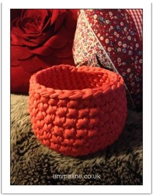 hooked zpagetti yarn basket pattern